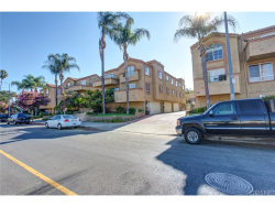 Photo of 6923 Hazeltine Avenue, Unit B, Van Nuys, CA 91405 (MLS # SR18225502)
