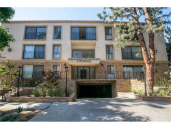 Photo of 15344 Weddington Street, Unit 112, Sherman Oaks, CA 91411 (MLS # SR18250326)