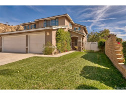 Photo of 30588 Park Vista Drive, Castaic, CA 91384 (MLS # SR18276078)