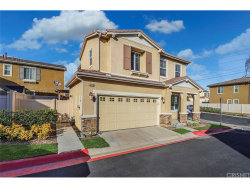 Photo of 20425 Remer Court, Unit 19, Newhall, CA 91350 (MLS # SR19030710)