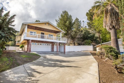 Photo of 26231 Larkhaven Place, Newhall, CA 91321 (MLS # SR20055940)