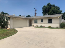 Photo of 6706 Hesperia Avenue, Reseda, CA 91335 (MLS # SR20072211)