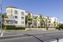 Photo of 6800 Corbin Avenue, Unit 301, Reseda, CA 91335 (MLS # SR19284223)