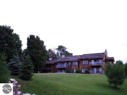 Photo of 5666 N Crossover Drive , Unit 927, Bellaire, MI 49615 (MLS # 1729120)