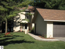 Photo of 4991 N Crossover Drive , Unit 821, Bellaire, MI 49615 (MLS # 1849129)