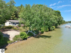 Photo of 4388 N Manitou Trail, Leland, MI 49654 (MLS # 1867451)