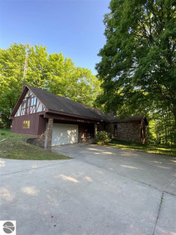 Photo of 4655 NE Kenel Road , Unit 5 Acres, Kalkaska, MI 49646 (MLS # 1880920)