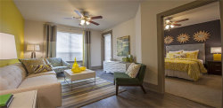 Photo of 155 Birdsall Street, Unit 325, Houston, TX 77007 (MLS # 18091098)