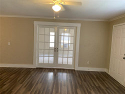 Tiny photo for 4406 15th Street, Bacliff, TX 77518 (MLS # 20030098)
