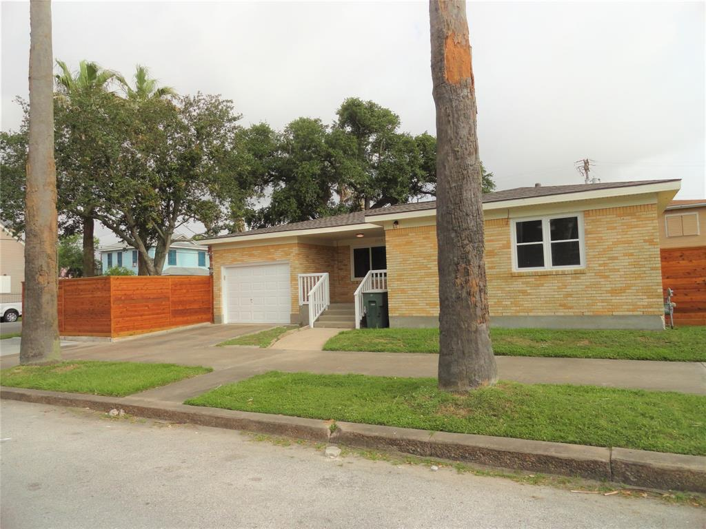Photo for 2528 Avenue K, Galveston, TX 77550 (MLS # 23646232)