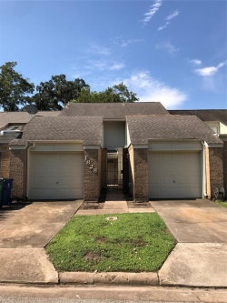 Photo of 1828 Veranda Drive, West Columbia, TX 77486 (MLS # 31291899)