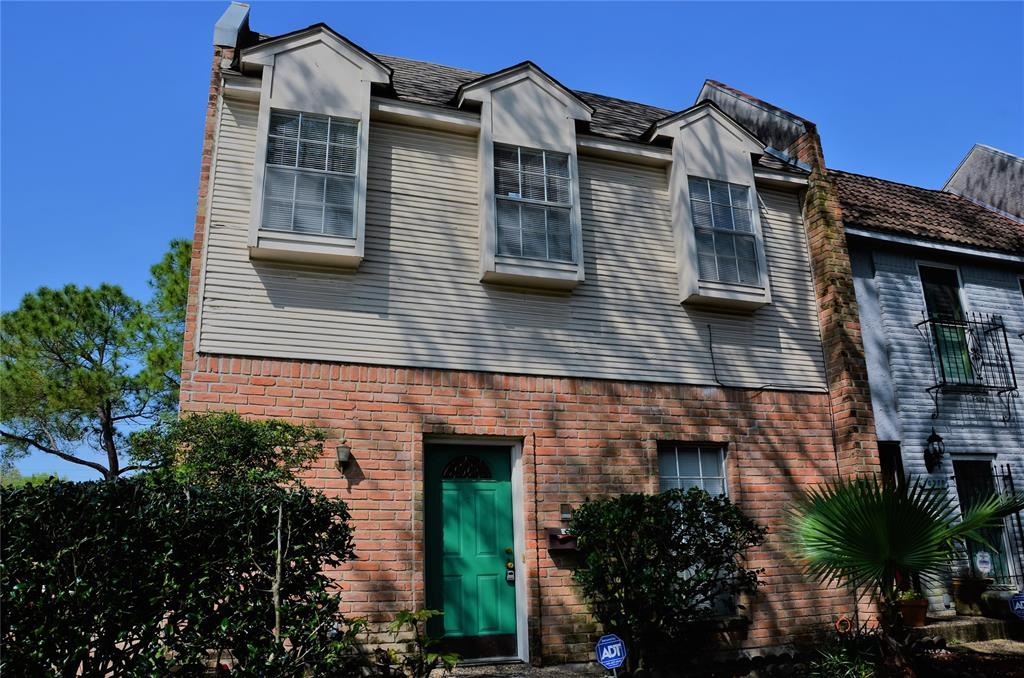 Photo for 10768 Briar Forest Drive, Unit 6/9, Houston, TX 77042 (MLS # 32747777)