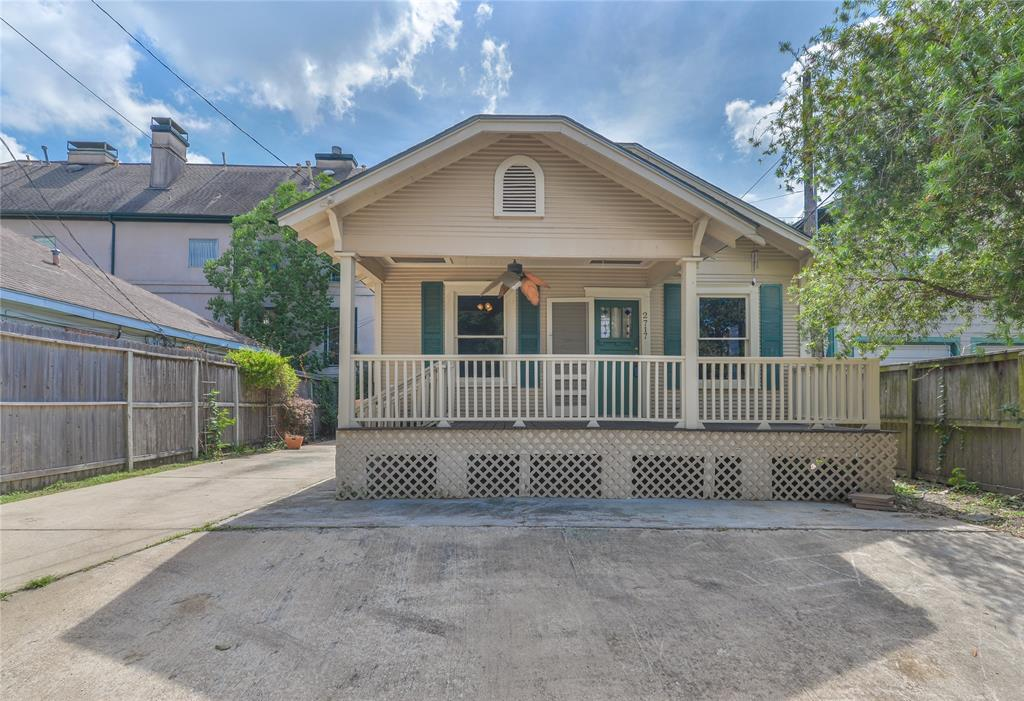 Photo for 2717 Mcduffie Street, Houston, TX 77098 (MLS # 37185291)