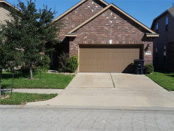 Photo of 9219 Fuqua Breeze Drive, Houston, TX 77075 (MLS # 40483232)
