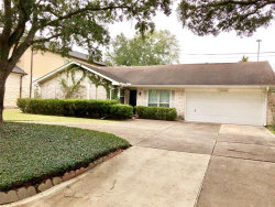 Photo of 13910 Britoak Lane, Houston, TX 77079 (MLS # 41108253)