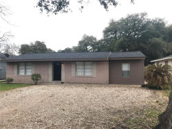 Photo of 231 W Orchard Street, Clute, TX 77531 (MLS # 43980530)