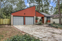 Photo of 72 Fallshire Drive, The Woodlands, TX 77381 (MLS # 49342295)
