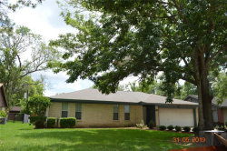 Photo of 421 Quail Run Drive, Richwood, TX 77531 (MLS # 50398221)