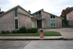 Photo of 2846 Lakeview Dr, Missouri City, TX 77459 (MLS # 51701363)