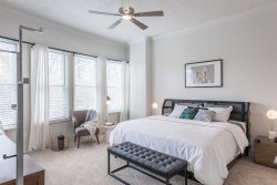 Photo of 5201 Memorial Drive, Unit 435, Houston, TX 77007 (MLS # 55037383)