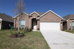 Photo of 21353 Somerset Shores Crossing, Kingwood, TX 77339 (MLS # 6233187)