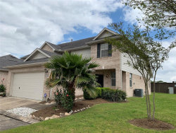 Photo of 2955 Meadowglen Crest, Houston, TX 77082 (MLS # 67316034)