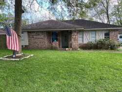 Photo of 135 Dogwood Street, Lake Jackson, TX 77566 (MLS # 67599097)