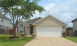 Photo of 3411 Highland Point Lane, Pearland, TX 77581 (MLS # 67904411)