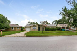 Photo of 223 Crest Hill Drive, Conroe, TX 77301 (MLS # 69631669)