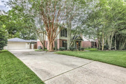 Photo of 11 Cornerbrook Pl, The Woodlands, TX 77381 (MLS # 7141090)