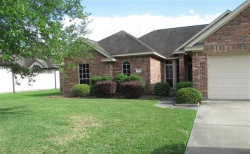 Photo of 110 Hamilton Court, Clute, TX 77531 (MLS # 74053100)