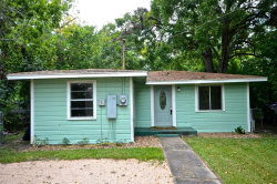 Photo of 611 W Live Oak Street, Angleton, TX 77515 (MLS # 77797432)