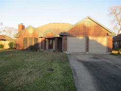 Photo of 111 Bumelia 111 Bumelia Street, Lake Jackson, TX 77566 (MLS # 897695)