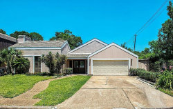 Photo of 7902 Hilshire Green Drive, Houston, TX 77055 (MLS # 92500356)