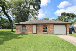 Photo of 608 Alamo, West Columbia, TX 77486 (MLS # 92600429)