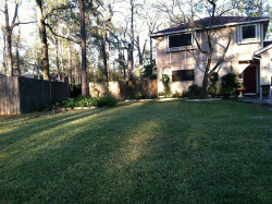 Photo of 100 Fallshire Drive, The Woodlands, TX 77381 (MLS # 938653)