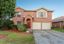 Photo of 26888 Castlecliff Lane, Kingwood, TX 77339 (MLS # 96737789)