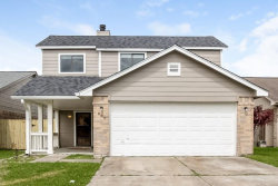 Photo of 907 Briarcreek Drive, Baytown, TX 77521 (MLS # 9787889)