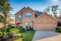 Photo of 3 Whispering Thicket Place, The Woodlands, TX 77375 (MLS # 98763870)