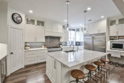 Photo of 159 Hansom Trail Street, The Woodlands, TX 77382 (MLS # 98913884)