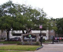 Photo of 3055 Walnut Bend Lane, Unit 14, Houston, TX 77042 (MLS # 17072461)
