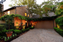 Photo of 4 Town Oaks Place, Bellaire, TX 77401 (MLS # 68734699)