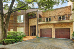 Photo of 5 Pine Briar Circle, Houston, TX 77056 (MLS # 83536995)