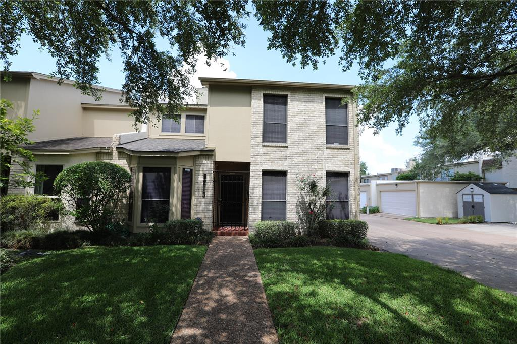 Photo for 5210 Palmetto Street, Bellaire, TX 77401 (MLS # 87153154)