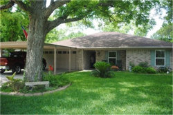 Photo of 504 Live Oak Street, Columbus, TX 78934 (MLS # 10410367)