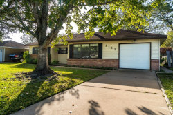 Photo of 1111 Dyson Road, West Columbia, TX 77486 (MLS # 10590625)