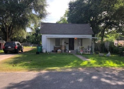 Photo of 706 August Street, El Campo, TX 77437 (MLS # 11098124)