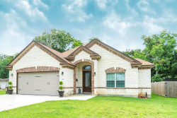Photo of 448 Hinken St, Clute, TX 77531 (MLS # 12569322)
