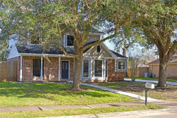 Photo of 210 Daffodil Street, Lake Jackson, TX 77566 (MLS # 14470024)