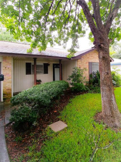 Tiny photo for 902 Temple Circle, Hitchcock, TX 77563 (MLS # 14593134)